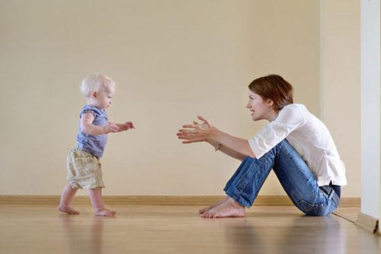 راه رفتن نوزاد
